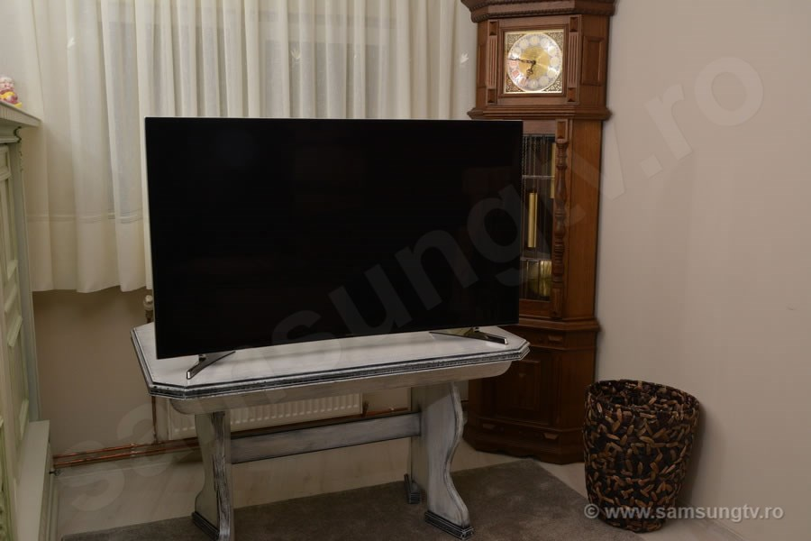 TV Samsung 55HU7100 FRONT