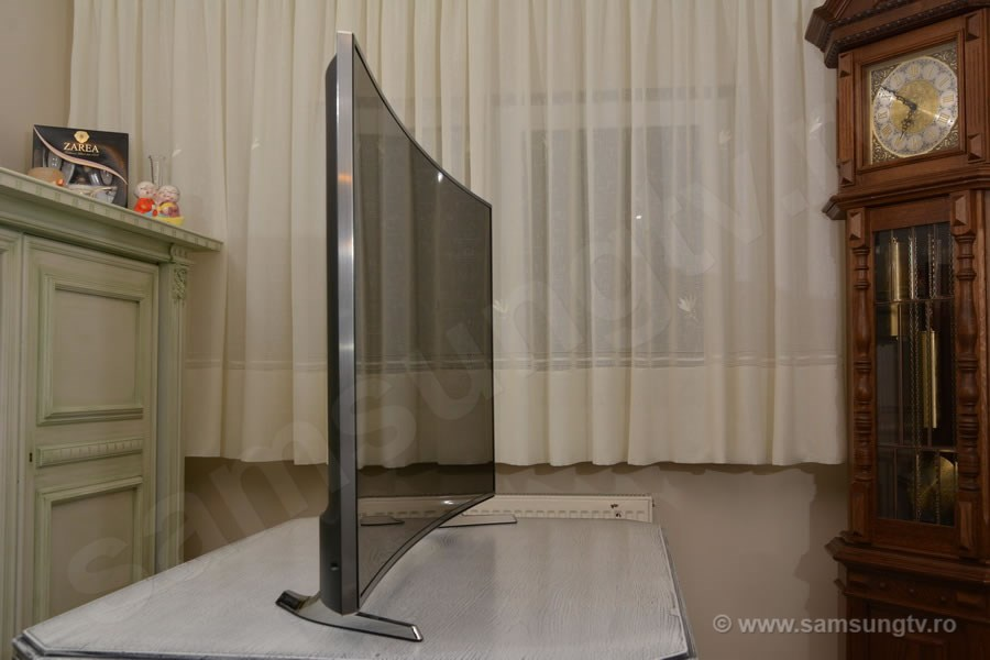 TV Samsung 55HU7100 SIDE